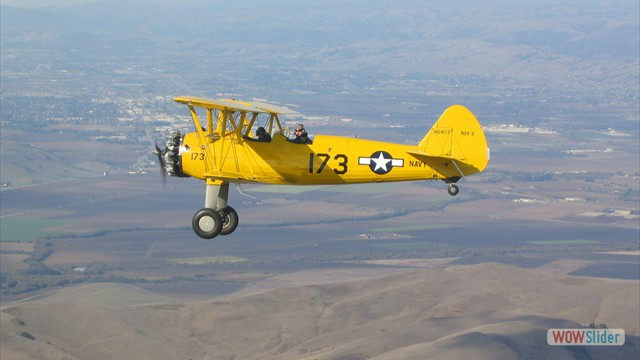 Stearman N54173 and Andreas Hotea cruising over California-2