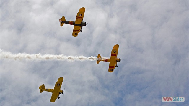 Stearman N54173 and Andreas Hotea flying in Formation-1